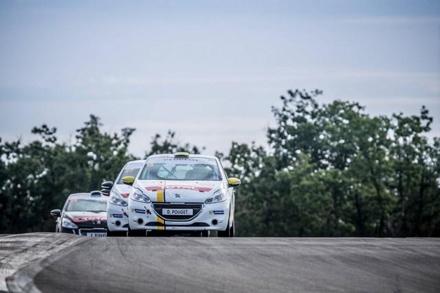 RPS / De Plus En Plus De Prétendants Aux Podiums Des Rencontres Peugeot Sport ! 13501757cb13fc3eab3