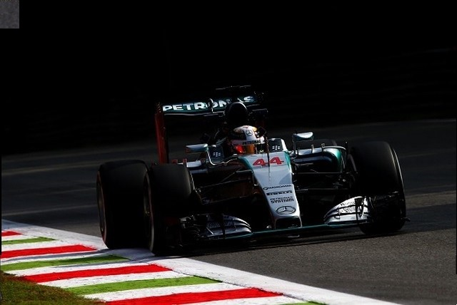 F1 GP d'Italie 2015 (éssais libres -1 -2 - 3 - Qualifications) 1382102015LewisHamilton2
