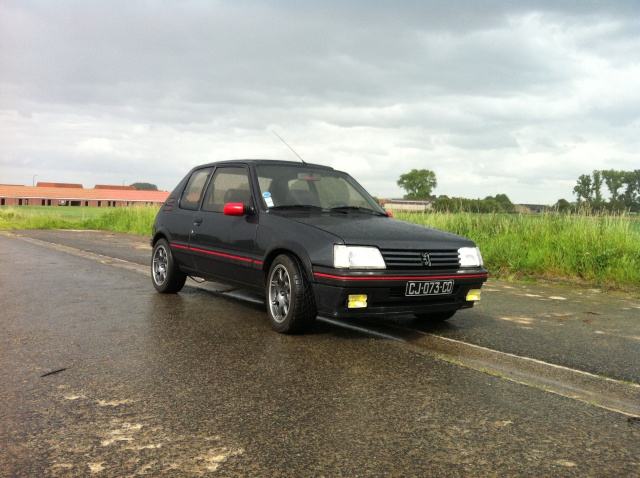 [philiopate] 205 GTI 1.6L Gris Graphite 1990 - Page 9 139188IMG0362