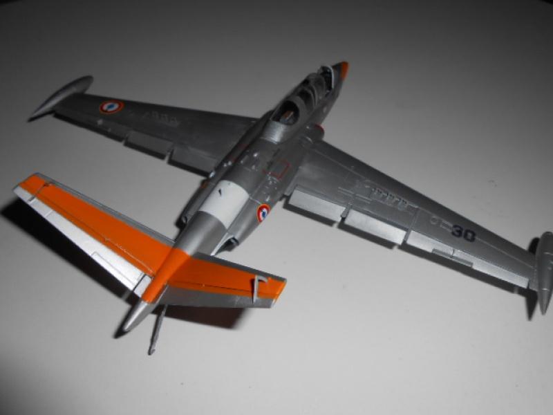 Fouga Magister 1/48 Kinetic lionel 45 - Page 2 141455Fougafini022