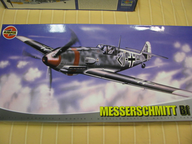 Bf-109 F-4 Trumpetter 1/24 143150IMG7599