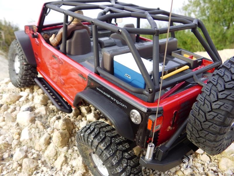 Jeep Rubicon Axial, le scale facile ;-) 143688IMGA0776