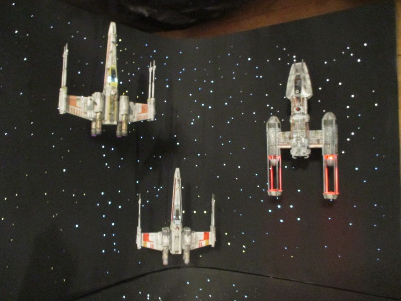 STAR WARS : Diorama Flotte rebelle - Page 4 145254IMG0160