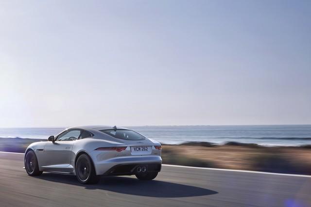 Lancement De La Nouvelle Jaguar F-TYPE Dotée De La Technologie GOPRO En Première Mondiale 145891jaguarftype18my400slocationexterior10011706