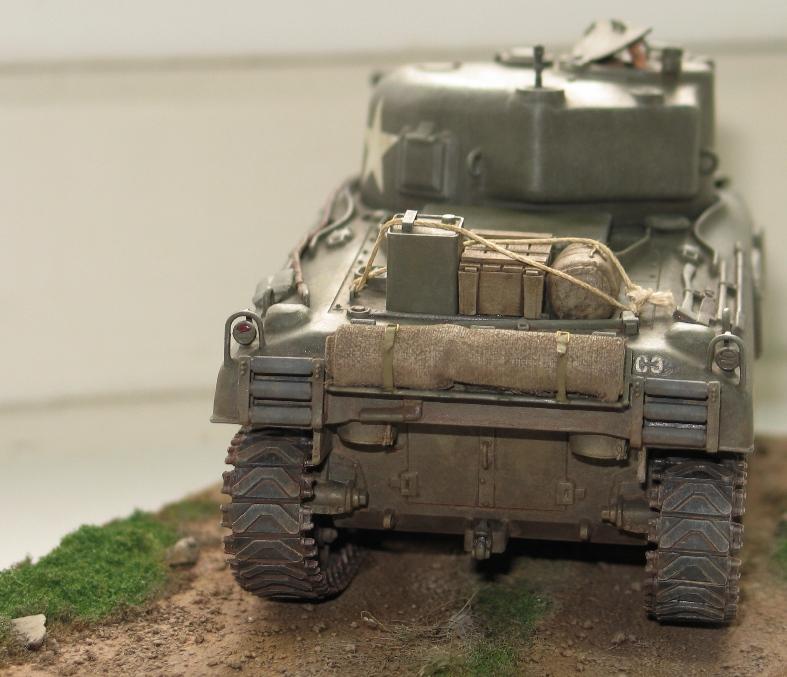 Sherman M4A1 late Italeri+scratch rénové 146370IMG0022