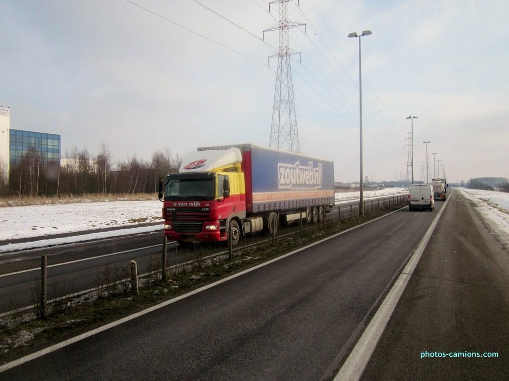 E Van Wijk  (Giessen) 147251photoscamions25I2013143Copier