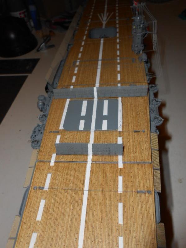 PA AKAGI 1/350 de chez Hasegawa PE + pont en bois par Lionel45 - Page 6 149067Aka015