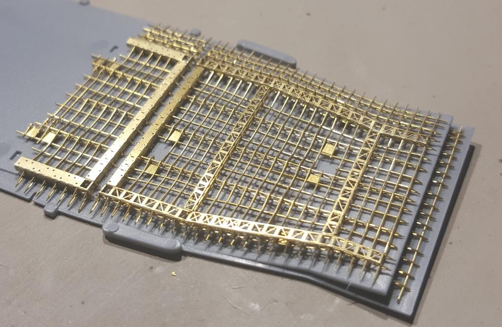 AKAGI 1/700 Hasegawa Kit PE et Pont en bois - Page 3 14923220160409210542