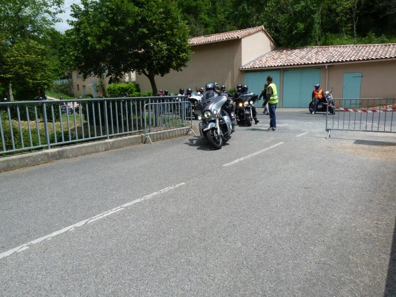 CR & Photos : TSO 23-24/05/2015 : Durfort (81) , Expo. Autos / Motos Harley US + Concerts  152030P1170789