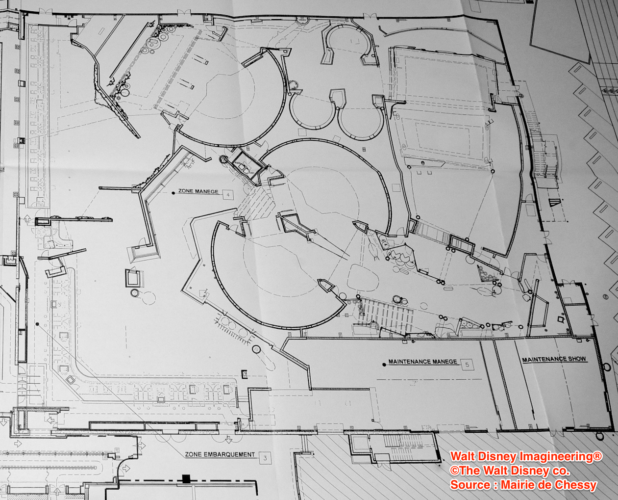 [Attraction et Restaurant] Ratatouille au Parc Walt Disney Studios (été 2014) - Page 6 154402PlanRatatouilleAttraction01CRDef