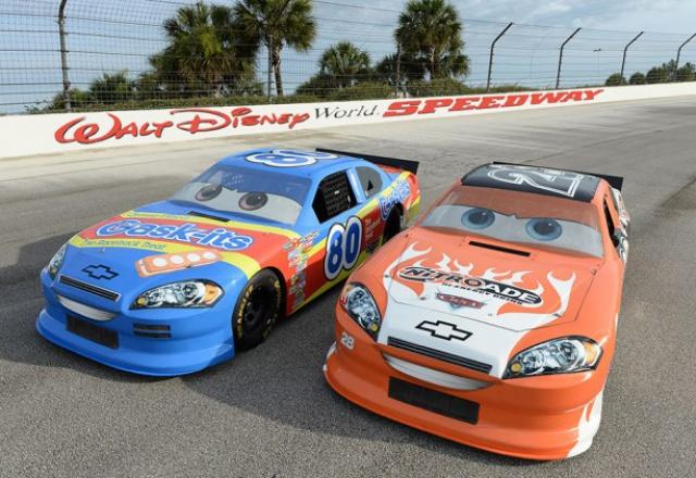 [Walt Disney World Resort] Richard Petty Driving Experience at WDW Speedway (1997 - 2015)  154960sperac1