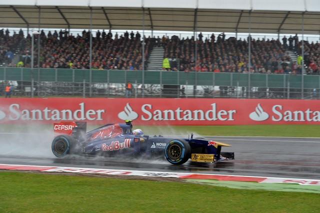 F1 GP de Grande-Bretagne 2013 : (essais libres-1-2-3-Qualifications) 156644F1GPdeGrandeBretagne2013DanielRicciardo