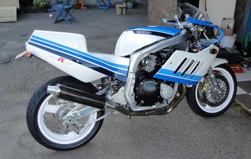 GSXR 750 Harris/TT F1 1986 160692harris2