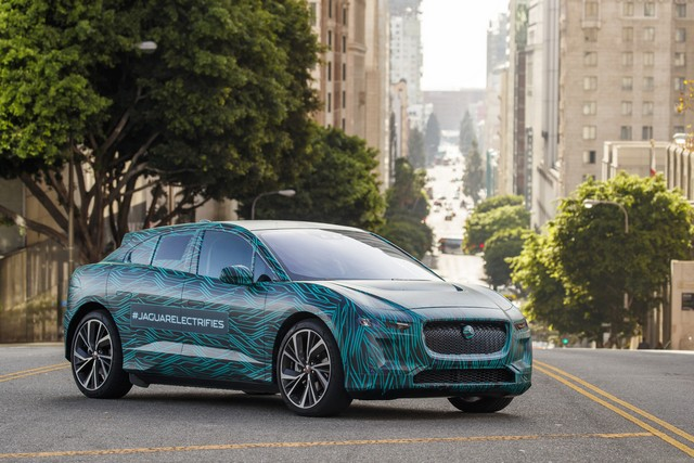 Le Jaguar I-PACE en road trip électrique à Los Angeles 161391jipaceroadtrip061217023