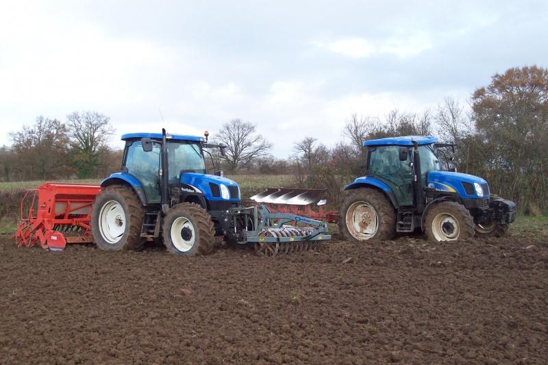 Photos de vos tracteurs - Page 4 16327929102009024