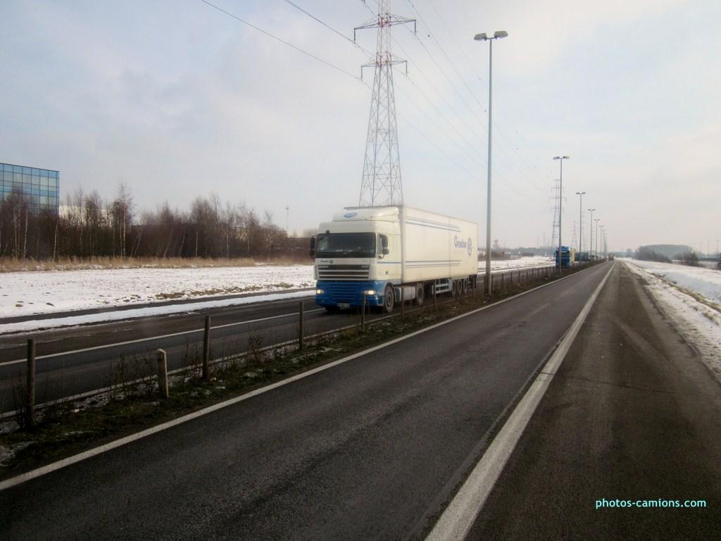 Gandon Transport  (Mayenne 53) - Page 2 165359photoscamions25I2013151Copier