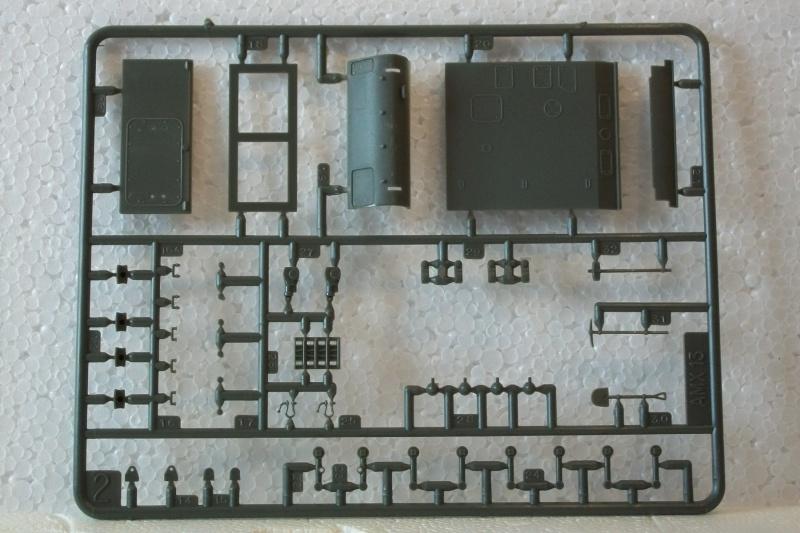 AMX 13 canon de 155 1/35ème Réf L 782 166634AMX13155782015Heller135