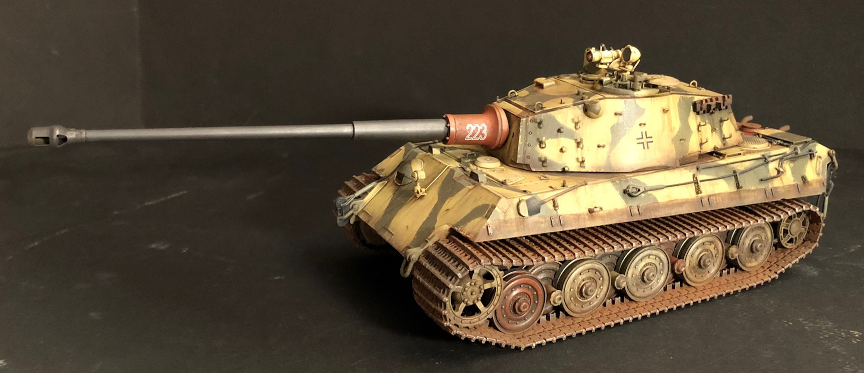 """King Tiger Ammo """"What If"""" - Page 2 167225Weathering3LeftB"""
