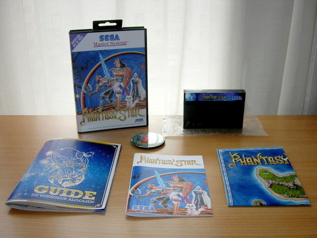 => A quel jeu Master System es tu en train de jouer ? - Page 12 169725PhantasyStarIBoite1