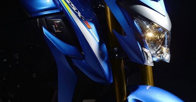 Suzuki dévoile son nouveau roadster au cœur de sportive 171657gsxs1000al6action12