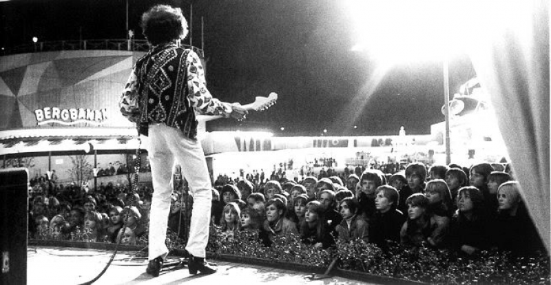 Göteborg (Stjaarnscenen) : 12 septembre 1967 [Premier concert]  17207419670912Gothenburg01