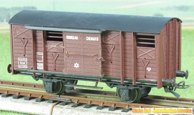Wagons couverts 2 essieux maquette 172524VBcouvert2essbriqueIMG3245R