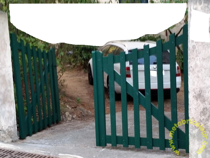Un portail avec les moyens du bord - Page 5 17578620170726195525mb