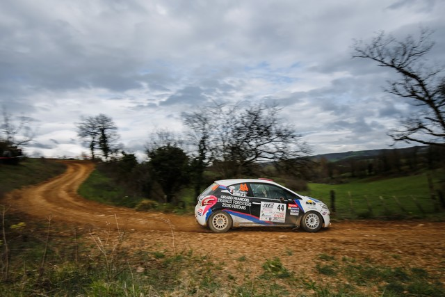 208 Rally Cup - Pour Virer En Tête À La Mi-Saison  1782085701f2538d73e