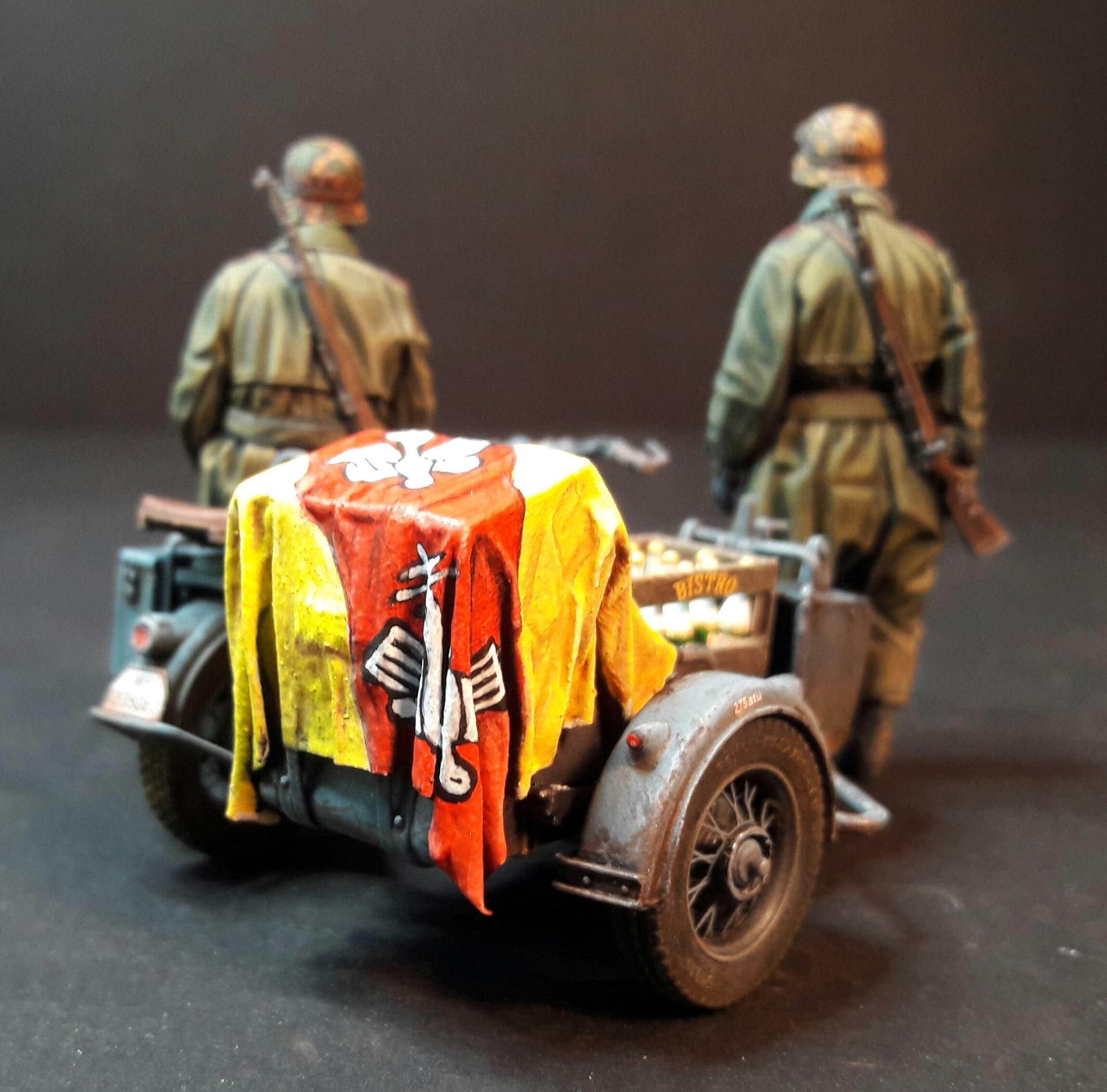 Zündapp KS750 - Sidecar - Great Wall Hobby + figurines Alpine - 1/35 - Page 5 1797432004889410211786806560161352620900o