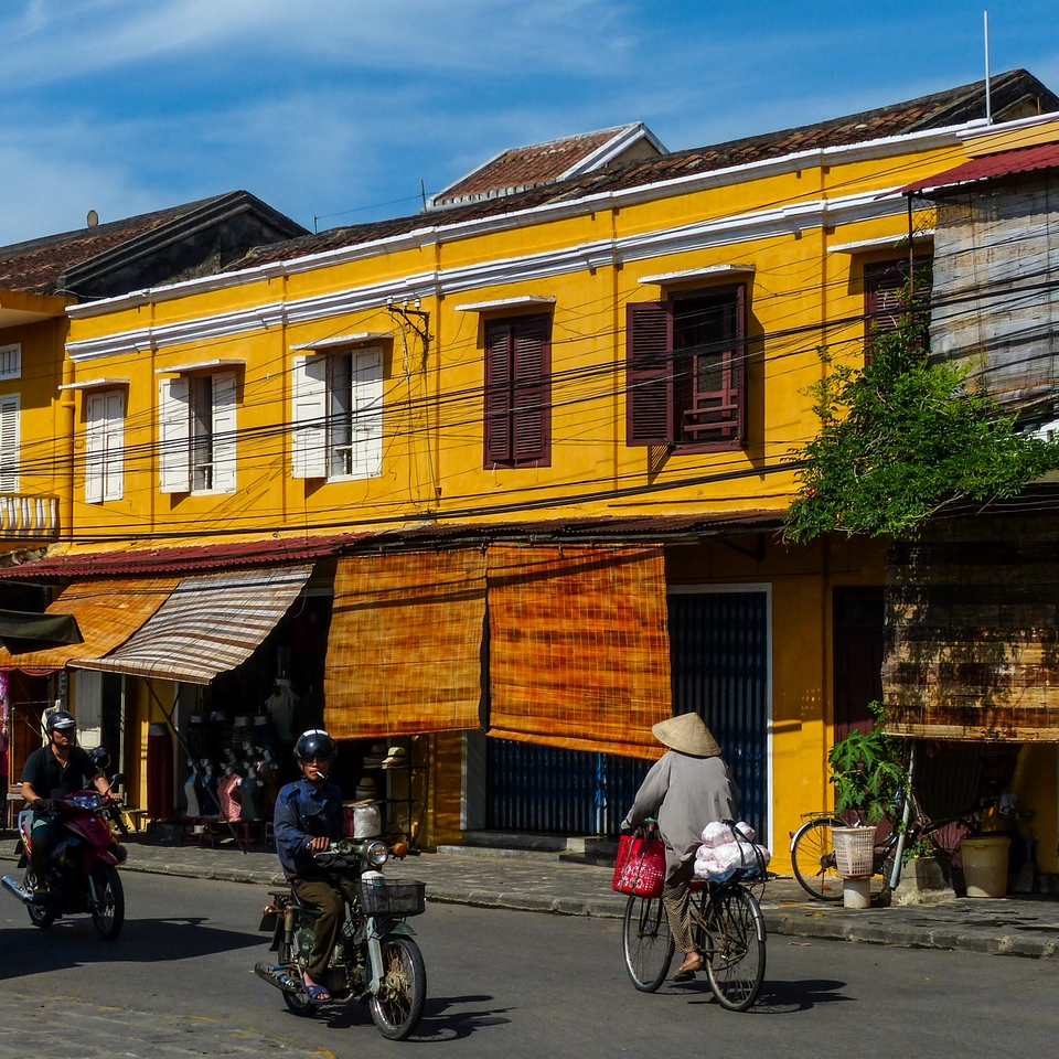"""ssss' Kiss Me ...""  Vietnam / Cambodge - Page 3 180184P128042512"