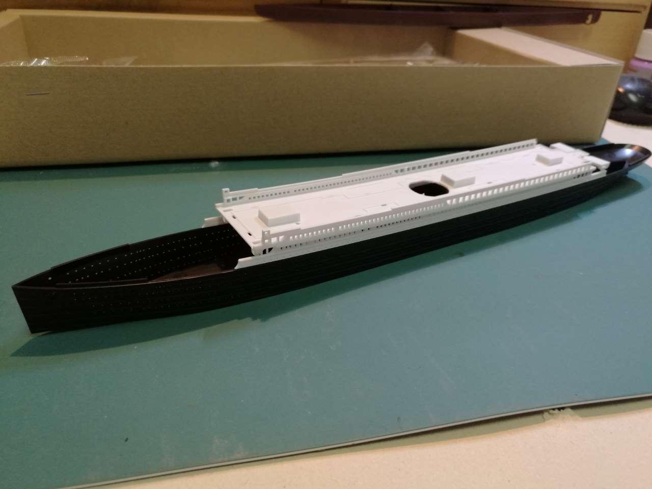 RMS Titanic 1/700 LED Set ACADEMY 181848TitanicAcademy10