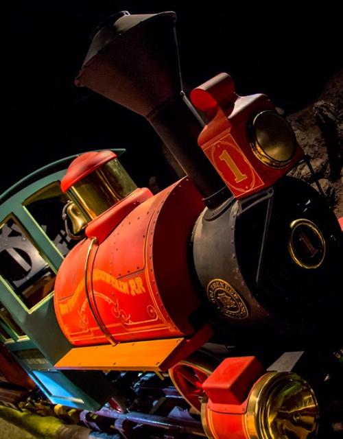 [Magic Kingdom et Disneyland Park] Grosse réhab' pour Big Thunder Mountain Railroad (2012-2013) - Page 4 183675btmr