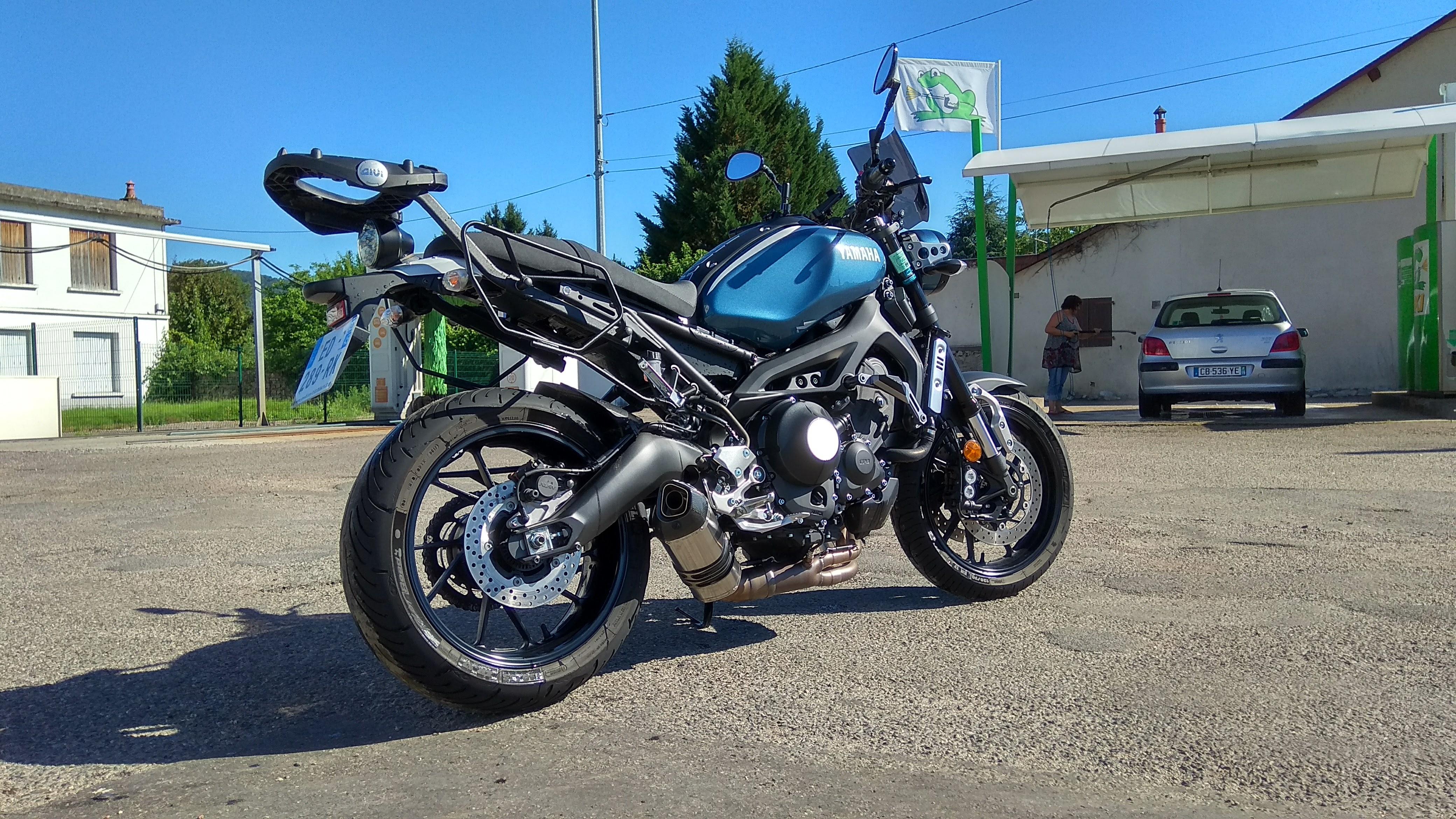 Photos de toutes les Yamaha XSR 900 du forum ! :) 184627IMG20170625175942HDR