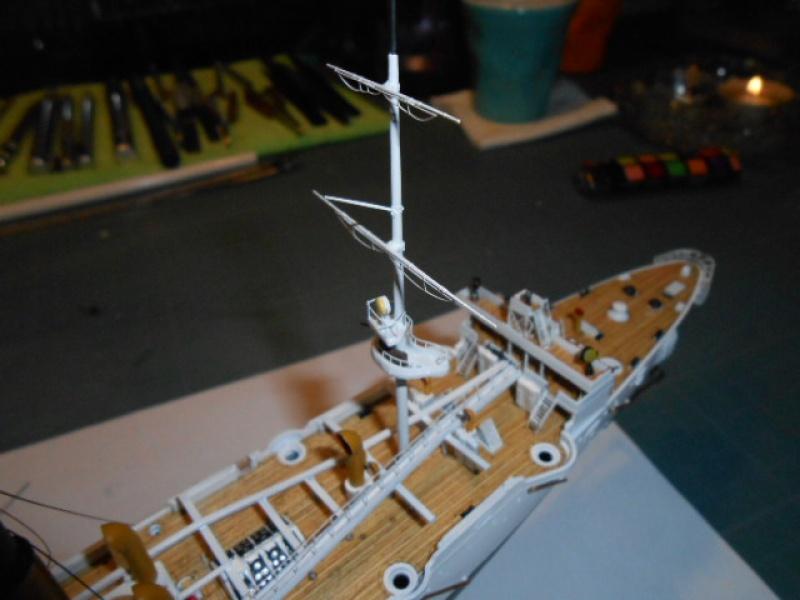 """Croiseur  Russe """"VARYAG"""" Zvezda 1/350 pont en bois / PE  185525010"""