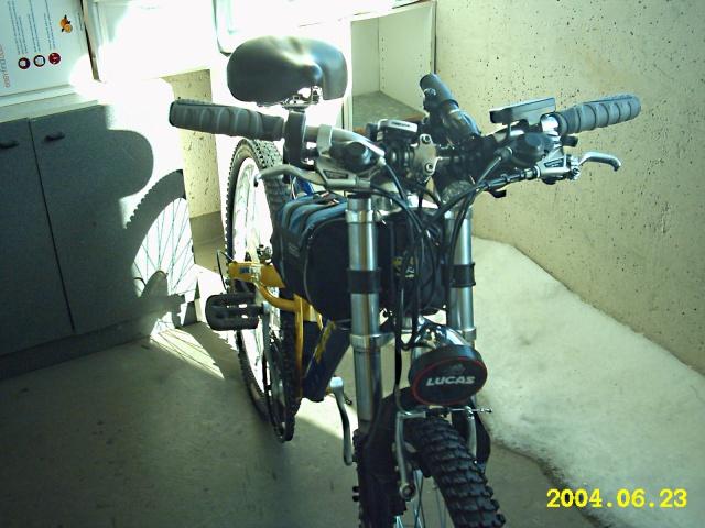 HOOLIGAN..Pas un (( GRAND )) vélo.....MAIS !!! - Page 5 1868411431
