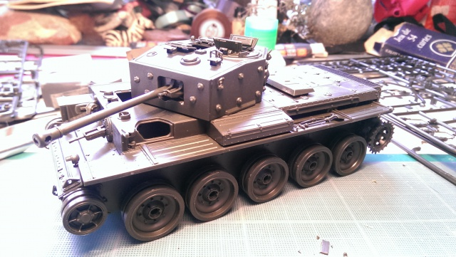 A 27 CROMWELL Mk IV Tamiya 1/35 et A34 COMET BRONCO 1/35 187836IMAG2287
