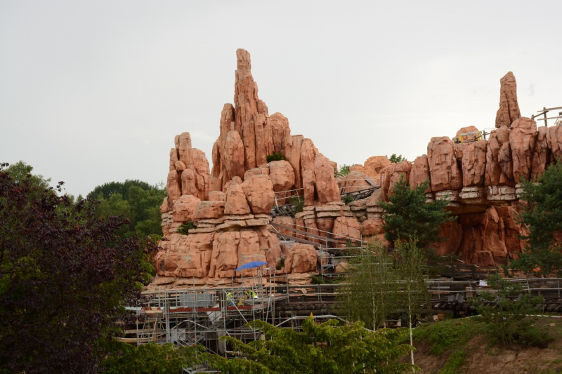 Big Thunder Mountain - Réhabilitation [Frontierland - 2015-2016] - Page 37 189314Disney220616040
