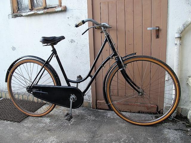 Peugeot col de cygne  192084IMG7335