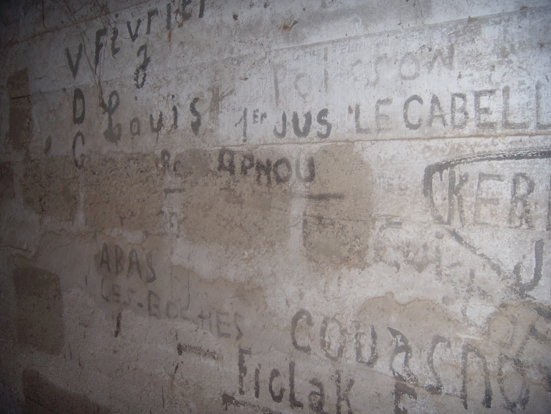 [ Histoires et histoire ] Fortifications et ouvrages du mur de l'Atlantique - Page 9 194192DSCN760920141015211850