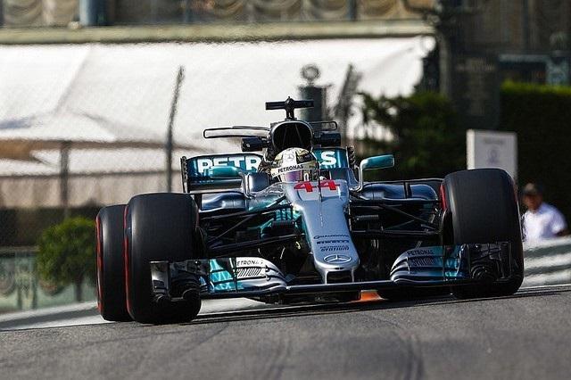 F1 GP de Monaco 2017 (éssais libres -1 -2 - 3 - Qualifications) 1943642017gpmonacolewishamilton