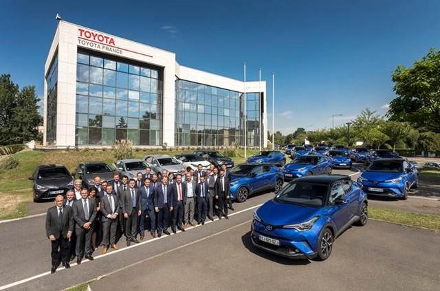 Toyota France équipe 100% de sa flotte de véhicules de société en hybride 1951778b681063f16942ce838ed1825d3f72c5augure