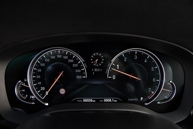 La nouvelle BMW Série 5 Berline. Plus légère, plus dynamique, plus sobre et entièrement interconnectée 195261P90237265highResthenewbmw5series