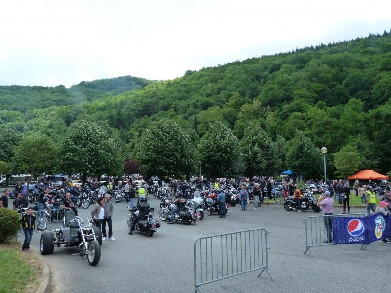 CR & Photos : TSO 23-24/05/2015 : Durfort (81) , Expo. Autos / Motos Harley US + Concerts  195298P1170803