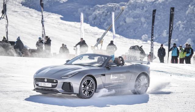 Romain Grosjean Inaugure La « Jaguar Fun Zone » A La Plagne Au Volant De La Jaguar F-Type SVR 197078drift1s