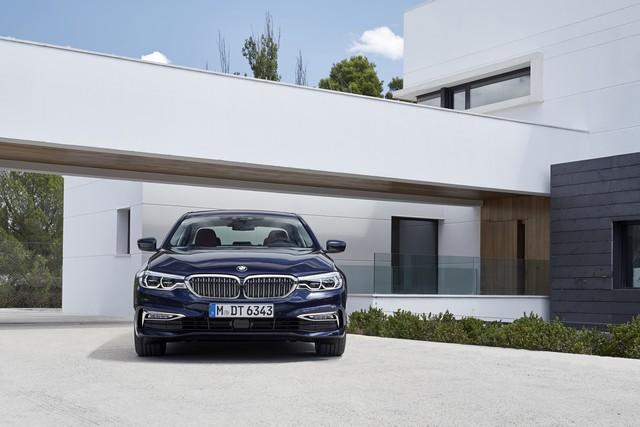 La nouvelle BMW Série 5 Berline. Plus légère, plus dynamique, plus sobre et entièrement interconnectée 199163P90237303highResthenewbmw5series