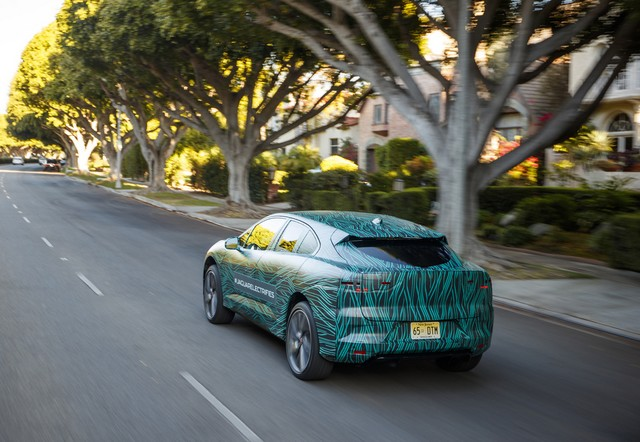 Le Jaguar I-PACE en road trip électrique à Los Angeles 201873jipaceroadtrip061217008