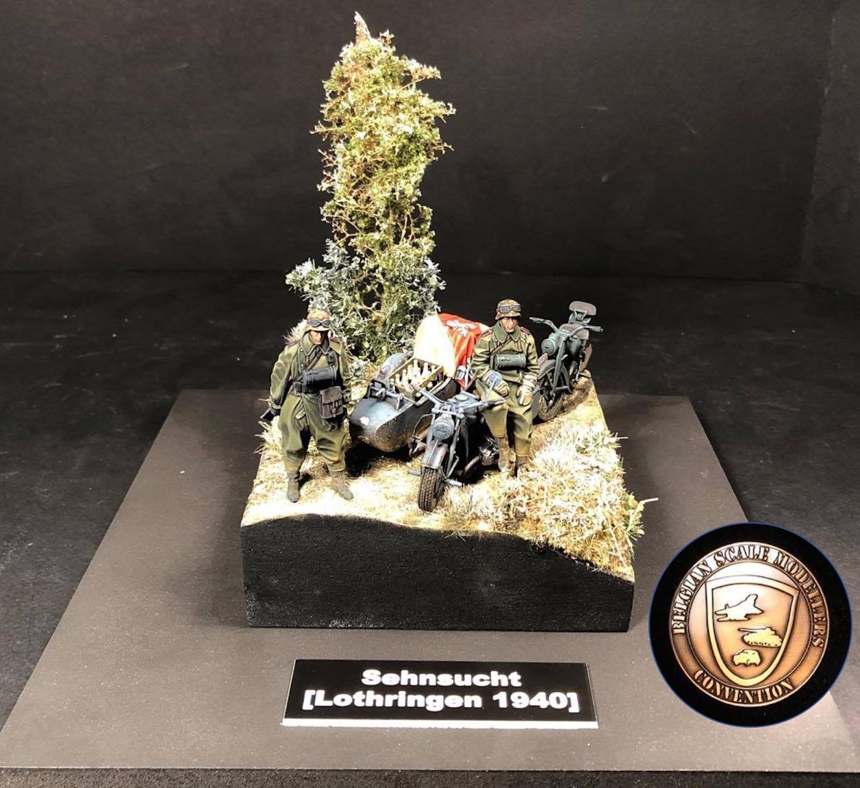 Zündapp KS750 - Sidecar - Great Wall Hobby + figurines Alpine - 1/35 - Page 6 203609SehnsuchtBSMCMasterBronze2017