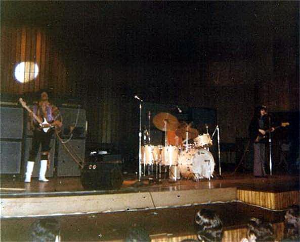 New York (Philharmonic Hall) : 28 novembre 1968 [Premier concert] 2045456416