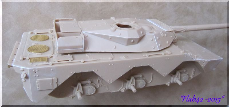 AMX 10 RCR - Tiger Model - 1/35ème - Page 2 206631Tourelle1