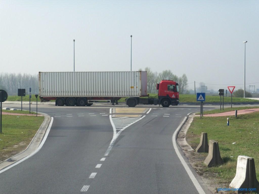 Katoen Natie (Anvers) 206701photoscamions30mars201239Copier